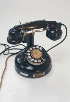 Old Retro Telephone, 1924