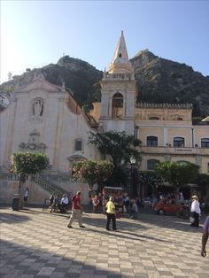 Taormina Around The Worlds, Street View, Italy, Adventure, Mansions, House Styles, Manor Houses, Villas, Fancy Houses