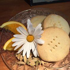 Cardamom and orange shortbread - a CC #cafecinemakerikeri fave