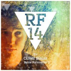 We are Reine Formsache 14! // 01/04 Oliver Bialas // Initiator der ganzen Sache, der es sinnlos findet, hier große Geschichten zu erzählen. Wozu auch, das übernehmen schließlich seine Bilder. Auf den Punkt gebracht erzählen Sie jeweils die Story eines großen Fußballers. Wie, Fußball und Kunst, das soll zusammen passen? Tut es. Und zwar ausgesprochen gut. Könnte man fast Fan davon werden.  #RF14 #ausstellungs #digital #kunst #w1 #regensburg #oliverbialas