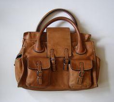 CHLOE  sac fourre tout en cuir camel  sac à par antiquityfrench   https://www.etsy.com/fr/listing/280772096/chloe-sac-fourre-tout-en-cuir-camel-sac