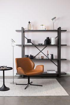 Scaun lounge rotativ maro/negru din piele si otel Nikki All Brown Zuiver Etagere Bookcase, Bookcase Shelves, Ladder Bookcase, Wooden Shelves, Etagere Design, Bibliotheque Design, Cosy Sofa, Interior Styling, Interior Design