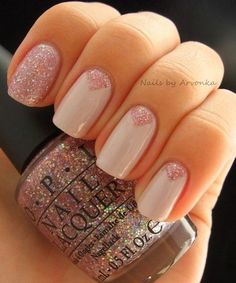 Prettiest Triangle Glitter Nail Art