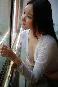 Hot Asian Girl: Apartment Asian Girl
