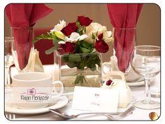 Wedding table arrangement. Rhian Pieniazek Photography 2014.