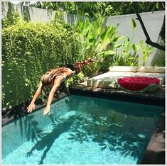 Pool Ideas with 9 Basic Preparation Tips - . -Coolest Small Pool Ideas with 9 Basic Preparation Tips - . Small Backyard Pools, Small Pools, Small Patio, Garden Seating, Outdoor Seating, Lounge Seating, Outdoor Lounge, Swimming Pool Designs, Swimming Pools