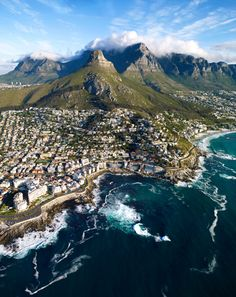 And yet another amazing view of Cape Town...I can't express the extent to which I long to see this again in person one day