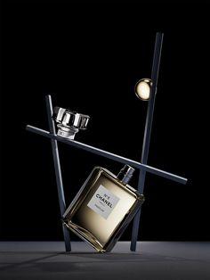 Web Design, Graphic Design, Absolut Vodka, Beautiful Perfume, Chanel Paris, Luxury Gifts, Installation Art, Still Life, The Balm