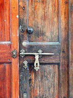 Dvere, Zámok, Skrutka, Uzávierky