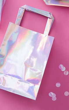 5 Pack Iridescent Party Bags   Accessories     PrettyLittleThing