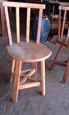 Cadeira de peroba