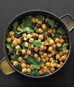 Chickpea and Raisin Salad | RealSimple.com