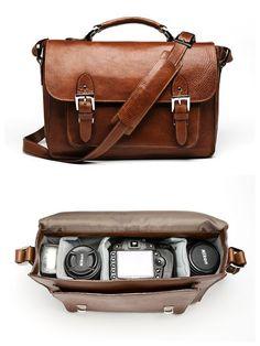diy custom camera bag  http://myellowumbrella.com/2012/01/12/how-to-make-a-custom-camera-bag/
