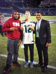 wow now this is cool russell wilson my fav qauter back and macklemore my fav singer wow