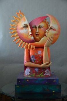 Paper Mache Sculpture, Sculpture Art, Sun Moon Stars, Paperclay, Mexican Folk Art, Moon Art, Bunt, Art Dolls, Origami