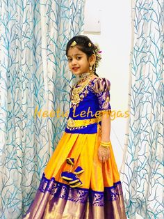 Kids Party Wear Dresses, Kids Dress Wear, Dresses Kids Girl, Kids Wear, Girls Frock Design, Kids Frocks Design, Baby Dress Design, Baby Girl Lehenga, Kids Lehenga