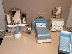 VINTAGE IDEAL PETITE PRINCESS DOLLHOUSE MINIATURE FURNITURE BLUE BEDROOM LOT