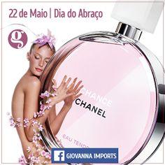 Um abraço aos seguidores e fãs da #Gi !  22 de Maio - #DiaDoAbraço #DiaDoAbraco #Gi  CURTA > www.facebook.com/giovannaimports Grupo da Gi > https://www.facebook.com/groups/giovannaimports/  #perfumes #importados #usoperfume #fashion #gicheirosa #giovannaimports #cute #abraco #comemoracao #luxo #chic #mulher #beauty #homem #feliz #amor