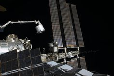 Space Station Gets Experimental New Room with Installation of BEAM Expandable Habitat - Universe Today Bigelow Aerospace, Nasa, Military Satellite, Space Tv, Astronomy Science, Universe Today, International Space Station, Space Travel, Space Exploration