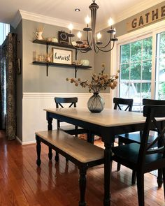 Get the modern farmhouse dining room decor ideas from the table, lighting, chairs, and more. Make the moment memorable meal with your family and remembered. Room Design, Dining Room Design, Kitchen Decor, Home Remodeling, Farmhouse Style Dining Room, Home Decor, Room Remodeling, House Interior, Dining Room Decor