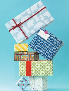A step-by-step gift wrapping guide to get you through the holidays