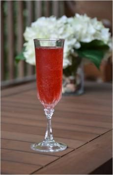 Barefoot Pink Passion | Barefoot Wine & Bubbly    1 ½ parts watermelon juice   ½ part raspberry syrup   ¾ part lemon juice   3 parts Barefoot Bubbly Pink Moscato     Combine juices and syrup in cocktail shaker with ice. Shake well.   Strain into champagne flute. Top with Barefoot Bubbly Pink Moscato