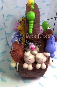 Arca de Noé, via Flickr. Noahs Ark Cake, Creative Area, Cake Decorating With Fondant, Clay Baby, Polymer Clay Dolls, Sugar Craft, Fondant Figures, Cake Boss, Clay Animals