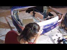 Montaż malucha czarnego Fiat 126 sofa