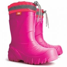 Girls Wellies | Pink Light Weight Demar Wellies These stylish super bright pink wellies from Demar are ultra light and dual size to last twice as long with growing feet. Reflective strip.