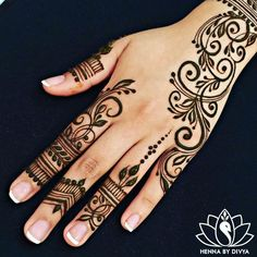 Henna Tattoo Designs Gallery - Wedding Henna Designs for Brides Images collection. this is new collection wedding henna tattoo designs for bride Eid Mehndi Designs, Mehndi Designs For Fingers, Latest Mehndi Designs, Simple Mehndi Designs, Mehndi Designs For Beginners, Beautiful Henna Designs, Traditional Henna Tattoo Designs, Henna Tatoos, Henna Tattoo Hand