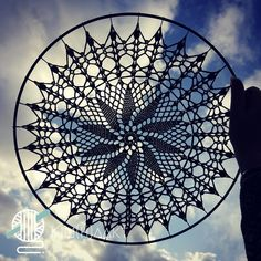 Tunisian Crochet, Thread Crochet, Crochet Tablecloth, Crochet Doilies, Mantel Redondo, Doily Dream Catchers, Crochet Mandala Pattern, Grape Vines, Crochet Projects