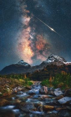 milky way galaxy pictures Beautiful Nature Wallpaper, Beautiful Sky, Beautiful Landscapes, Beautiful World, Night Sky Wallpaper, Galaxy Wallpaper, Nature Pictures, Cool Pictures, Galaxy Pictures