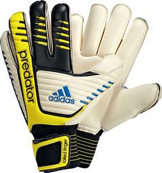 Adidas Predator Roll Finger. Only Size 11 available. £45.00
