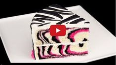 Check out this really clever way to make a fabulous looking zebra cake. It is not as complicated as it looks and we're sure it will be yummy! Fondant Flower Cake, Fondant Bow, Fondant Cakes, Flower Cakes, White Wedding Cakes, Wedding Cakes With Flowers, Gold Wedding, Wedding Cake Designs, Wedding Cake Toppers