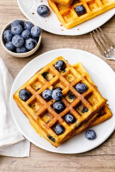 This recipe makes delicious homemade waffles with paleo friendly whole food ingredients like coconut flour, honey, and of course, lots of fresh blueberries. Healthy Waffles, Savory Waffles, Sweet Potato Waffles, Homemade Waffles, Pumpkin Waffles, Pancakes And Waffles, Coconut Flour Waffles, Baking With Almond Flour, Baking Flour
