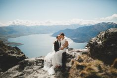Sarah and Joseph high above the Southern Alps, enjoying their New Zealand heli Wedding & honeymoon in conjunction with Luxury Adventures. Wedding Honeymoons, Alps, New Zealand, Joseph, Congratulations, Adventure, Wedding Dresses, Photos, Bridal Dresses