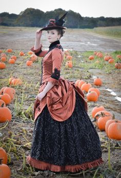 An Inspired Dress : Pumpkin Project 2018 – Angela Clayton's Costumery & Creations Victorian Era Dresses, Victorian Era Fashion, Victorian Gown, 1800s Fashion, Vintage Fashion, Gothic Fashion, Fashion Fashion, Historical Costume, Historical Clothing
