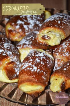984 Best Placinte de tot felul images in 2020 Romanian Desserts, Romanian Food, Just Desserts, Delicious Desserts, Yummy Food, Greek Easter Bread, Wine Recipes, Cooking Recipes, Artisan Food