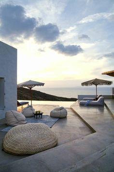 Beautiful sitzsack outdoor modern schick beige sonnenschirme