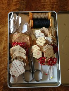 Quilts In The Barn: hexi travel kit: