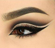 pinterest » @hellxamanda ♡ Makeup Art, Makeup Geek, Makeup Ideas, Makeup Eyeshadow, Cute Makeup, Smokey Eye Makeup, Eye Makeup Tips, Pretty Makeup, Gorgeous Makeup