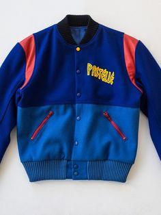 - Jacket Designs - The Kanye West-Designed Varsity Jacket That Never Was The grail varsity jacket from Kanye West's def. Kanye West Style, Cargo Jacket, Bomber Jacket, Moda Kanye West, Letterman Jacket Outfit, Pullover Mode, Fashion Line, Mens Fashion, Crochet Jacket