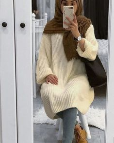 Modern Hijab Fashion, Arab Fashion, Islamic Fashion, Muslim Fashion, Modest Fashion, Jumper Outfit, Hijab Outfit, Hijabs, Hijab Mode Inspiration