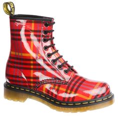 Doc Martens – Shoes Only A Mother Could Love Tartan Shoes, Tartan Plaid, Bootie Boots, Shoe Boots, Doc Martens Style, Funky Shoes, Plaid Design, Shoe Game, Dr. Martens