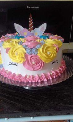 Unicorn Birthday Parties, Unicorn Party, Birthday Bash, Cupcake Factory, Unicorn Foods, Occasion Cakes, Diy Party, Amazing Cakes, First Birthdays