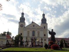 Kalwaria Zebrzydowska, Poland Poland, Mansions, House Styles, Places, Home, Europe, Manor Houses, Villas, Ad Home