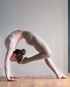 Bend over backwards in our Gravel High Waist Airbrush Legging! @aminahtaha #aloyoga #beagoddess