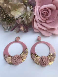How To Make Earrings, Diy Earrings, Rakhi, Polymer Clay Jewelry, Wedding Events, Resin, Nail Designs, Jewelry Design, Jewelry Making
