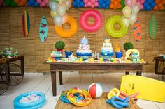 21 New ideas simple beach birthday party Beach Ball Party, Pool Party Kids, Water Party, Butterfly Birthday Party, Summer Birthday, 1st Birthday Parties, Outdoor Graduation Parties, Graduation Party Decor, Splash Party
