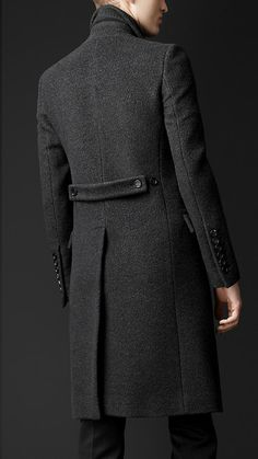 Textured Wool Chesterfield | Burberry Outfits Casual, Mode Outfits, Indian Wedding Clothes For Men, Suit Fashion, Mens Fashion, Denim Trench Coat, Mens Overcoat, Designer Suits For Men, Mens Winter Coat